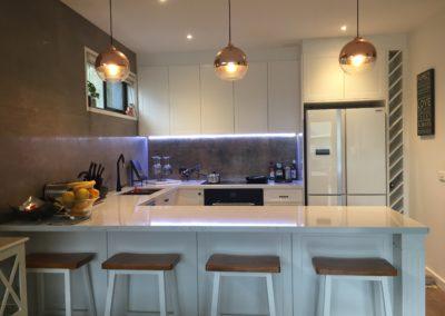 Chafey U shaped kitchen pic3