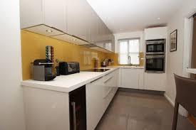 l-shaped-kitchens-02
